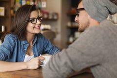 Spotkanie w kawiarni obrazy royalty free