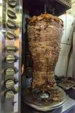 Spottat Shawarma rotera arkivbild