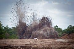 Spränga kalksten i en quarry.GN Arkivfoto