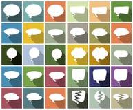 Sprache-Blasen auf buntem Hintergrund Stockfoto