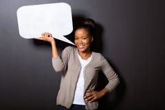 Spracheblase der schwarzen Frau Stockfotos