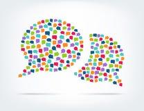 Spracheblasen gebildet von den bunten Blasen Stockfotografie