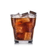 Sprankelende cocktail met kalk die op witte achtergrond wordt geïsoleerd Stock Fotografie