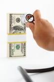 sprawdzać pieniężnych zdrowie Zdjęcie Stock