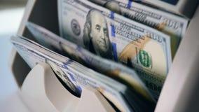 Sprawdzać wyposażenie liczy ilość dolarowi banknoty zbiory