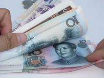 sprawdza pieniądze Zdjęcie Royalty Free