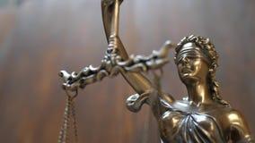 Sprawiedliwość i prawa pojęcie na Drewnianym tle zbiory wideo