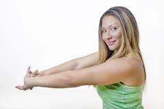 sprawności fizycznej dziewczyny odosobniony rozciągania biel Zdjęcia Stock