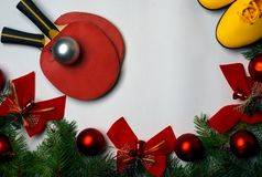 Sprawności fizycznej, zdrowego i aktywnego stylu życia kartka z pozdrowieniami pojęcie, Boże Narodzenia i nowego roku tło z zielo obraz royalty free