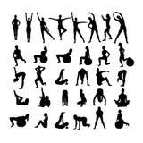 Sprawności fizycznych kobiety na białym tle. Fotografia Royalty Free