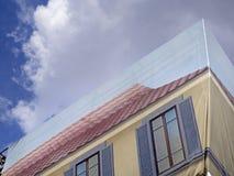 Sprawozdanie prac budynek z dekoraci imitaci okno Zdjęcia Stock