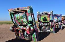 Spray gemalte Cadillacs-Straßenrand-Kunst in Amarillo stockfoto