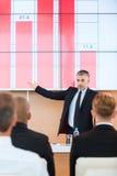 Sprechen über Firmenleistungen Stockfoto