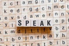 Sprechen Sie Wortkonzept stockbild