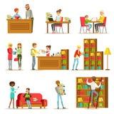 Sprechende Leute und Lesebücher im Bibliotheks-Satz Illustrationen Stockbilder