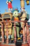 Sprechengrille in der Disney-Parade Lizenzfreies Stockbild
