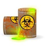 Spreco biologico chimico in un barilotto arrugginito Liquido fluorescente verde tossico in un barile Il pericolo dell'inquinament illustrazione vettoriale