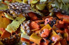 Spreco della frutta fresca di Oragnic fotografia stock libera da diritti