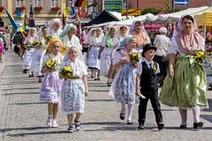 Spreewald och skydd-fast i den Luebbenau 7/2/2016 överkanten av den festliga processionen Royaltyfri Bild