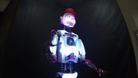 Sprekende robot stock footage