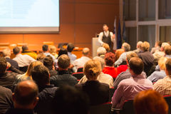 Spreker bij Bedrijfsconferentie en Presentatie Royalty-vrije Stock Afbeelding