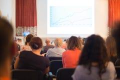 Spreker bij Bedrijfsconferentie en Presentatie Stock Foto