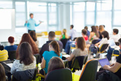 Spreker bij Bedrijfsovereenkomst en Presentatie Stock Afbeelding