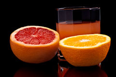 Spremuta Mixed di pompelmo e dell'arancio Fotografia Stock Libera da Diritti