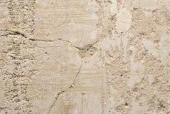 Sprickan i den gamla murbruken av väggen Arkivbilder