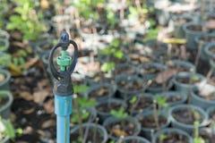 Spridare i odlingsmarken Arkivfoto