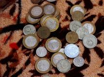 Spridning av ryska pengar arkivbild