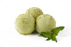 Sprig мяты шариков мороженого чая Matcha Стоковая Фотография