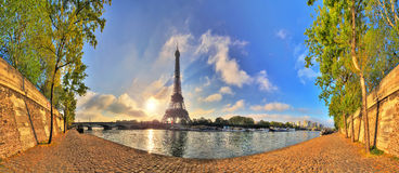 Spring Eiffel panorama Royalty Free Stock Images