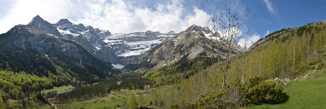 Spring panoramic view of the cirque of Gavarnie Royalty Free Stock Photos