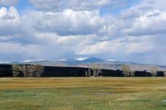 Fjädra bergdalen Arkivfoto