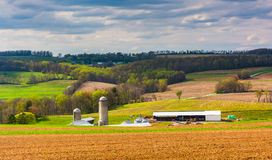 Spring view of farm fields and rolling hills in York County, Pen Royalty Free Stock Photos