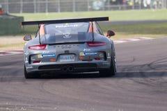 Springa för Porsche Carrera koppItalia bil Royaltyfri Fotografi