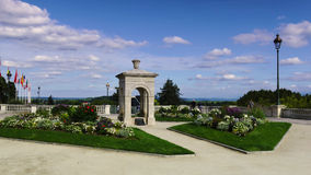 Springbrunn Alfred de Vigny i Pau, Frankrike Royaltyfria Bilder