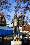 Springbrunn av berömda Roider Jackl på victualienmarkten i Munich Arkivbild