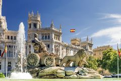 Springbrunn av Cibeles i Madrid, Spanien royaltyfri fotografi