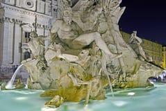 Springbrunn av de fyra floderna, Rome Arkivfoto