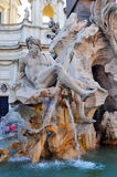 Springbrunn av fyra floder på piazza Navona, Rome Ita Royaltyfri Bild