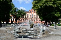 Springbrunn av Joy Rostock Germany Tom Wurl Arkivfoto