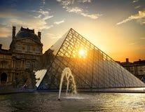 Springbrunn av Louvre Arkivfoto