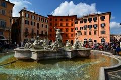 Springbrunn av Neptun. Piazza Navona, Roma, Italien Arkivbilder