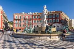 Springbrunn av solen på stället Massena i Nice Royaltyfri Bild