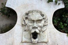 Springbrunn för marmorvattenvår Arkivbilder
