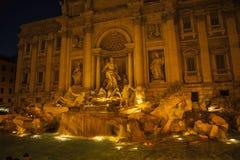 Springbrunn Fontaine de Trevi, Rome, Italien Arkivfoton