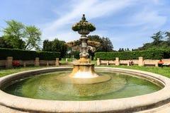 Springbrunn Giglio i villan Doria Pamphili på via Aurelia Antica Royaltyfri Foto