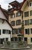 Springbrunn i Aarau, Schweiz Arkivfoton